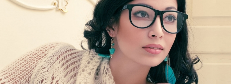 Cum-aleg-ochelari-de-vedere-potriviti-in-functie-de-forma-fetei